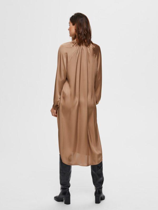 Midi jurk met knopen