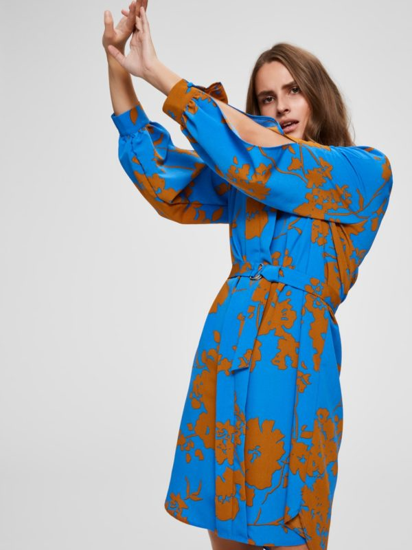 Licht blauw kleedje met print